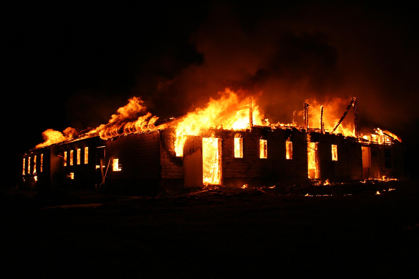 fire-corner-barn